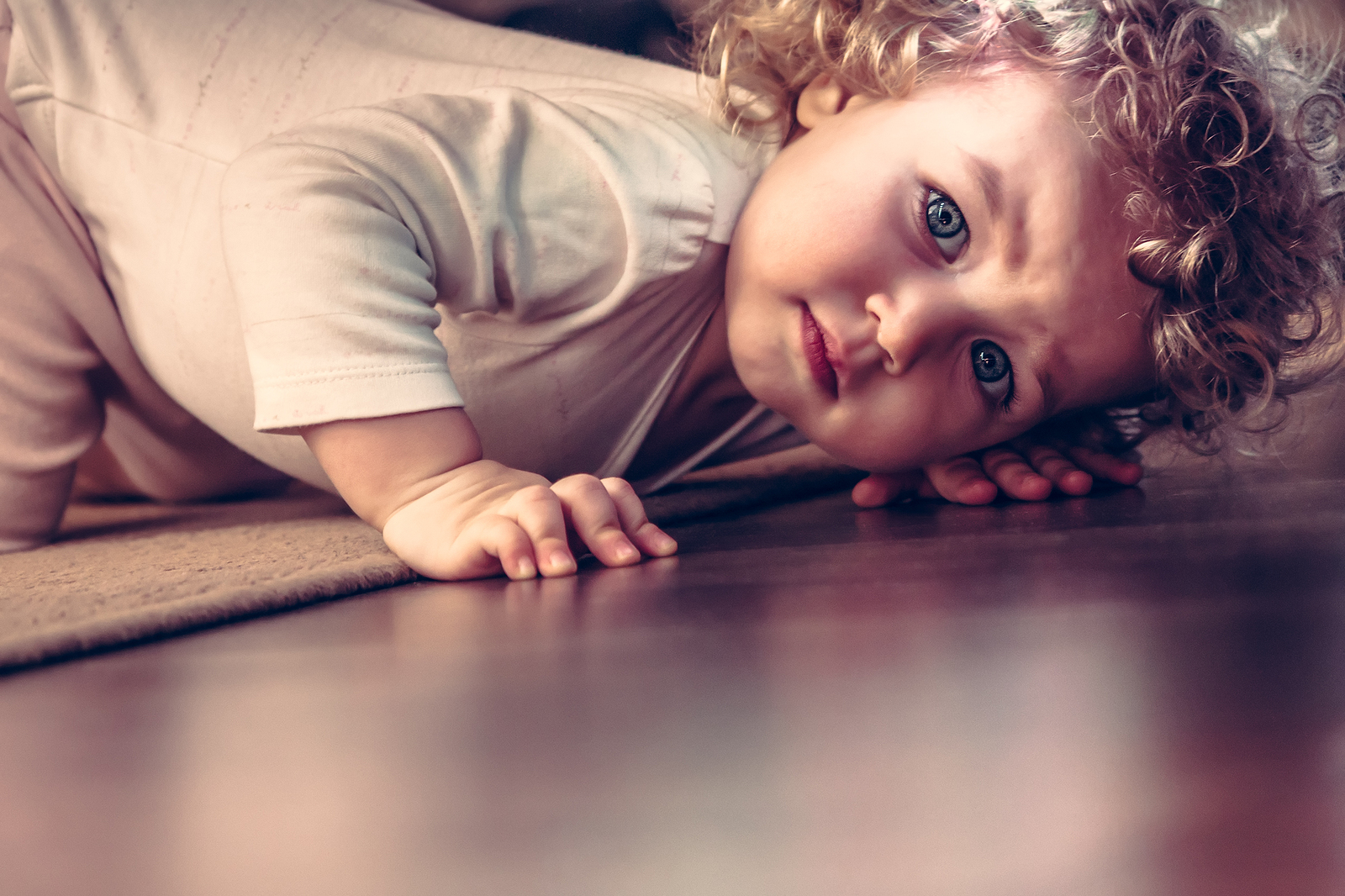 Scared of the Dark? 5 Tips To Ease Your Child's Fears